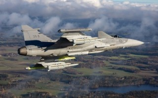 SDR from Rohde & Schwarz chosen by Saab for integration into Gripen fighter aircraft