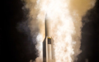 DoD approves Raytheon's SM-6 missile for international sales