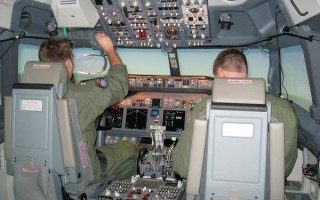 NAVAIR unveils P-8A Poseidon cockpit and weapons simulators