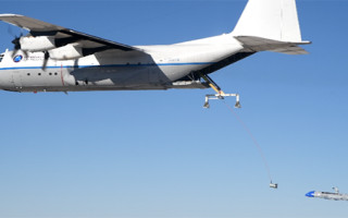 """DARPA's Gremlin UAS-recovery tests """"within inches"""" of success, will continue in 2021"""