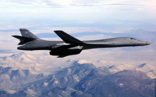U.S. DoD image of the B-1B Lancer bomber, one of the aircraft that trains crews with the ARTS-V2 system.