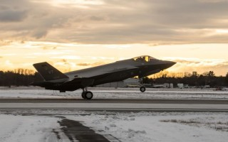 F-35 contracts totaling $2.35B won by Lockheed