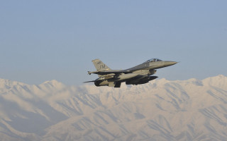 F-16 in-flight simulator contract won by Calspan