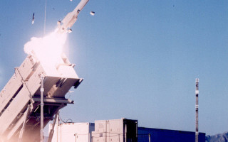 Army awards $945 million contract for advanced Patriot missiles