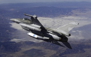 UTC Aerospace Systems DB-110 Airborne Reconnaissance System pictured onboard an F-16. Image by UTC Aerospace.